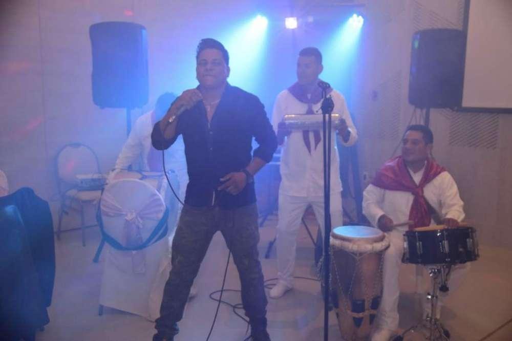 Show Musical Hombre Orquesta Crossover