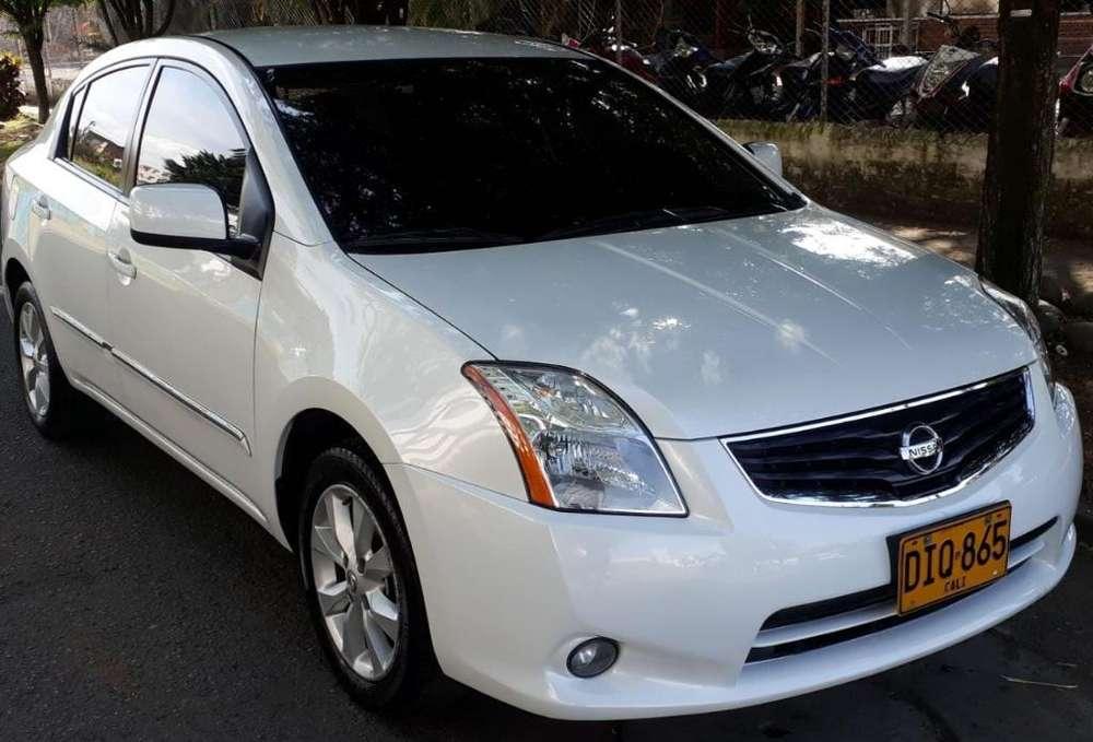 Nissan Sentra 2012 - 68000 km