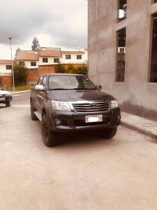 Toyota Hilux 2014 - 85000 km