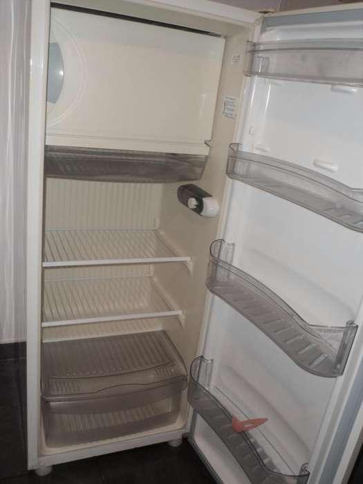 Heladera Eslabón De Lujo S/ Freezer. Tropical. Clase A