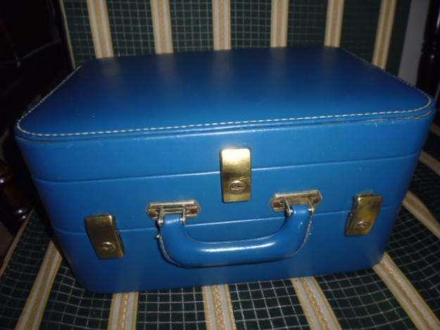 Maletin o neceser antiguo de color azul