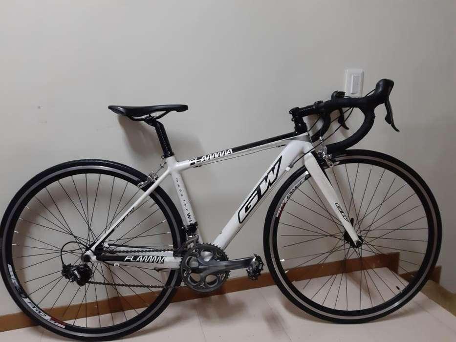 Bicicleta Gw Flama Grupo 105 de 10v Xs