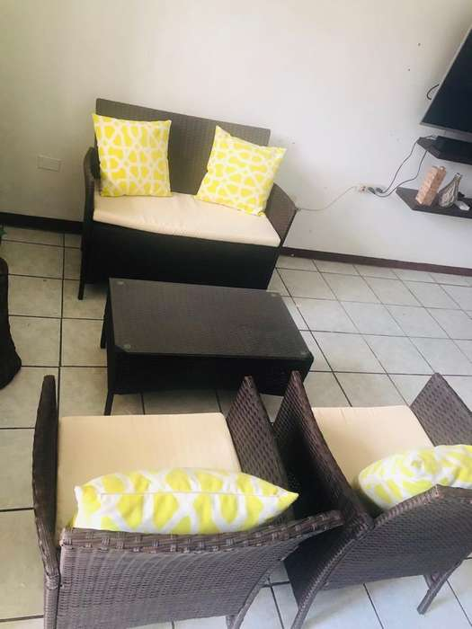 Muebles de 4 Puestos