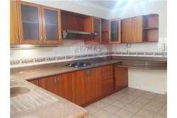 venta de casa en urbanización de Manta