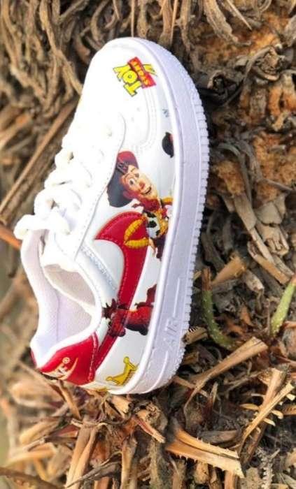 Zapatilla Toy Story Talle 27 Al 34