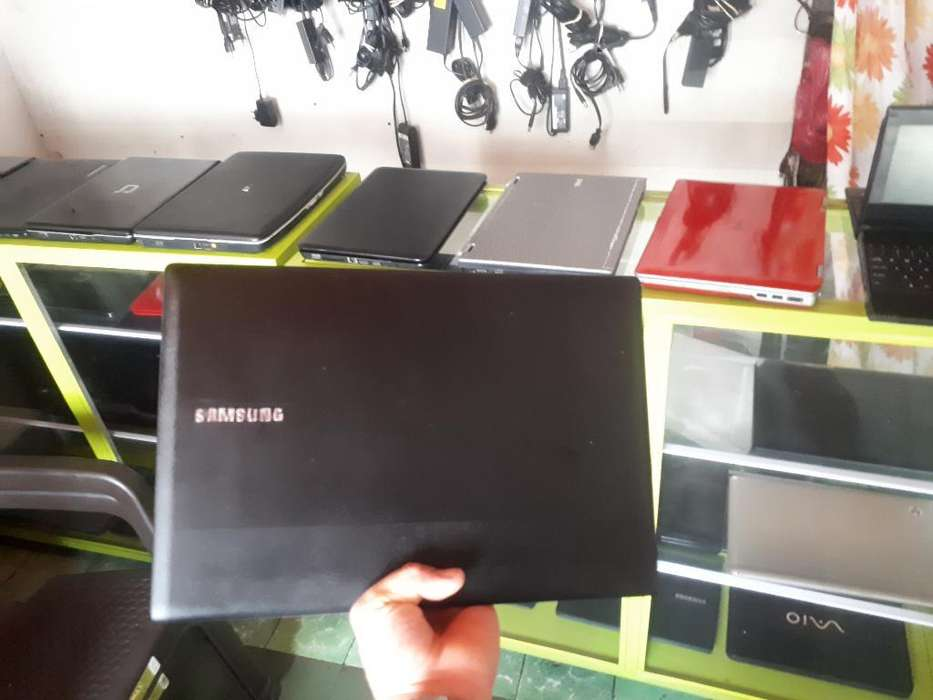 Vendo Portátil Samsung Intel Core I3