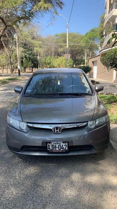 Honda Civic 2007 - 100500 km