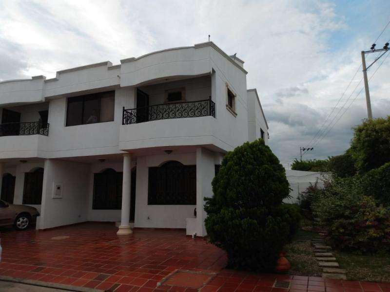 Casa En Arriendo En Cúcuta La Riviera Cod. ABTON22643