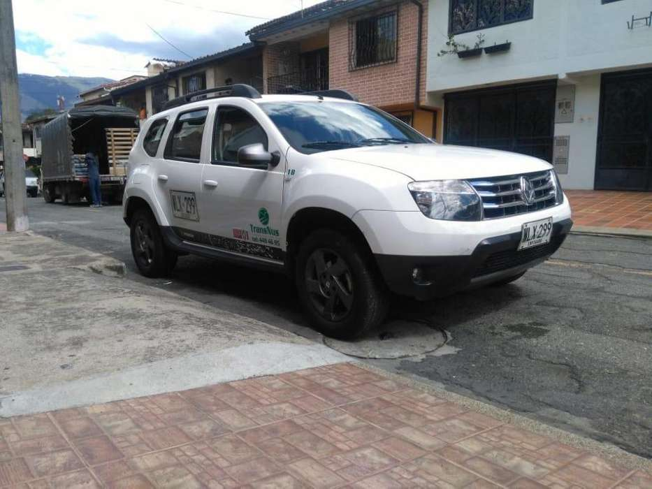 Renault Duster 2016 - 100 km