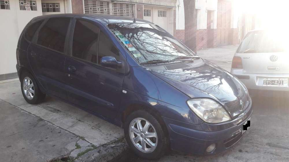 <strong>renault</strong> Scenic  2005 - 208000 km