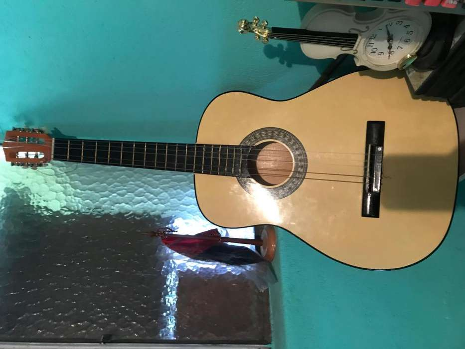 Guitarra traida de US