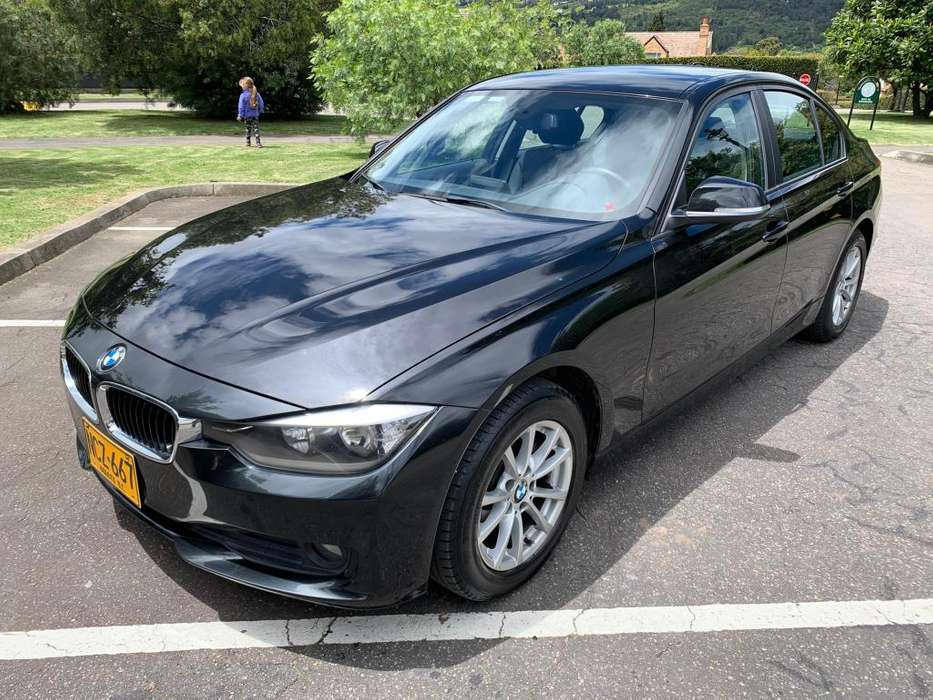 BMW Série 3 2012 - 64000 km