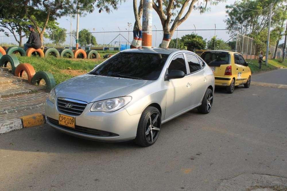 Hyundai Elantra 2007 - 222000 km