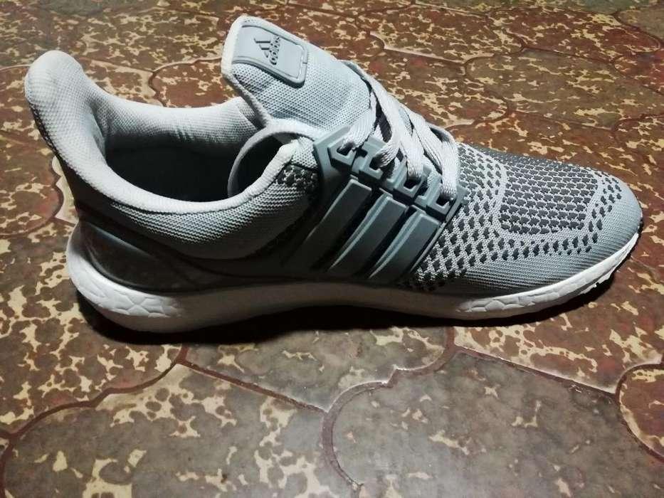 Vendo Adidas Ultra Boost