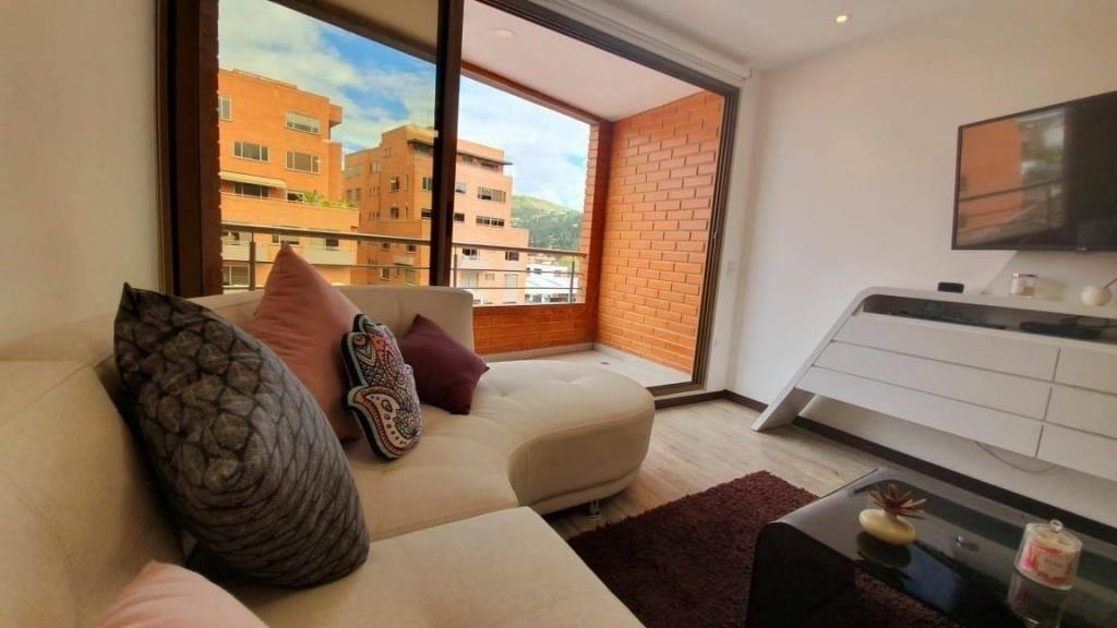 Suite en renta amueblada de lujo sector Av. Solano