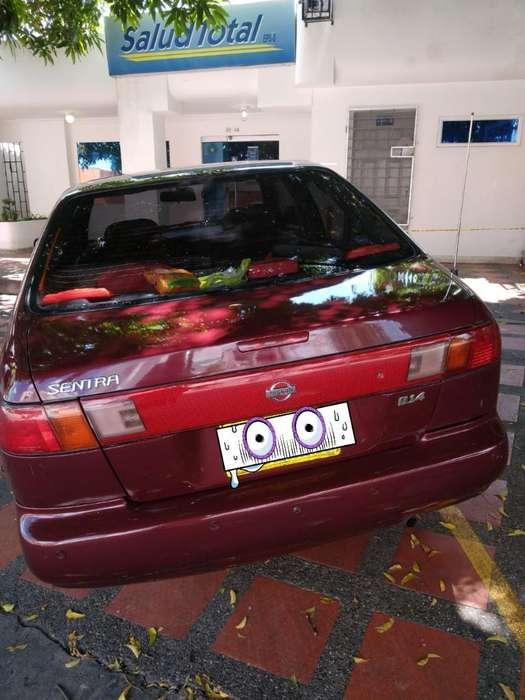 Nissan Sentra 1996 - 1212 km