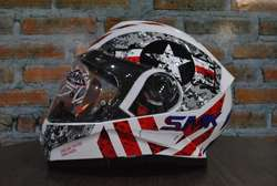 CASCO SMK TWISTER CAPITAN TALLA