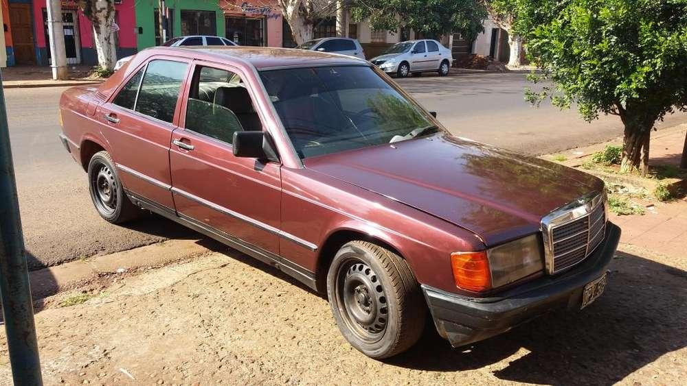 Mercedes-Benz Clase E 1990 - 121560 km