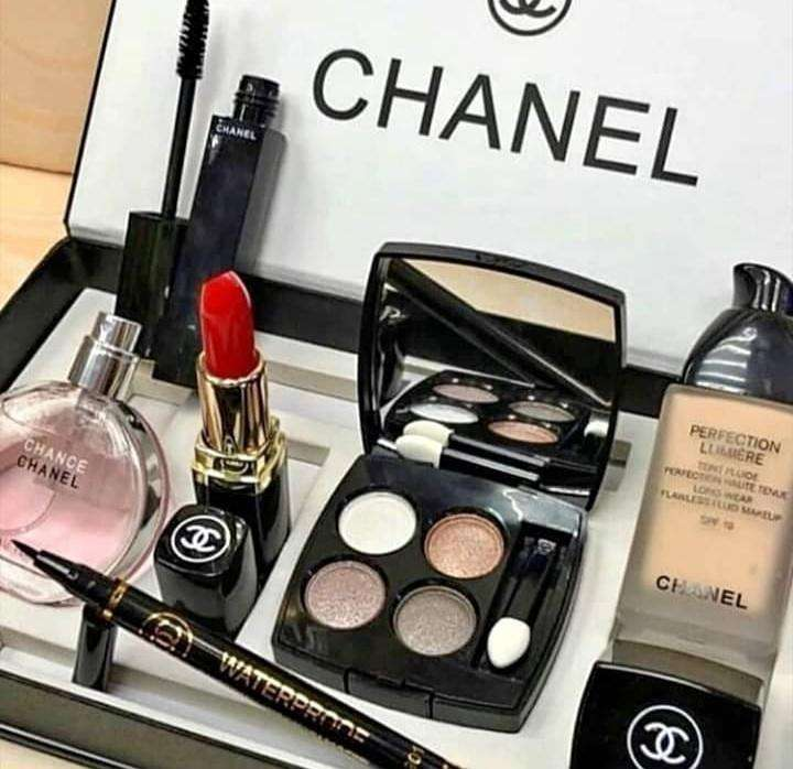 Chanel Set De Perfume, Cosméticos Y Maquillaje MAKE UP