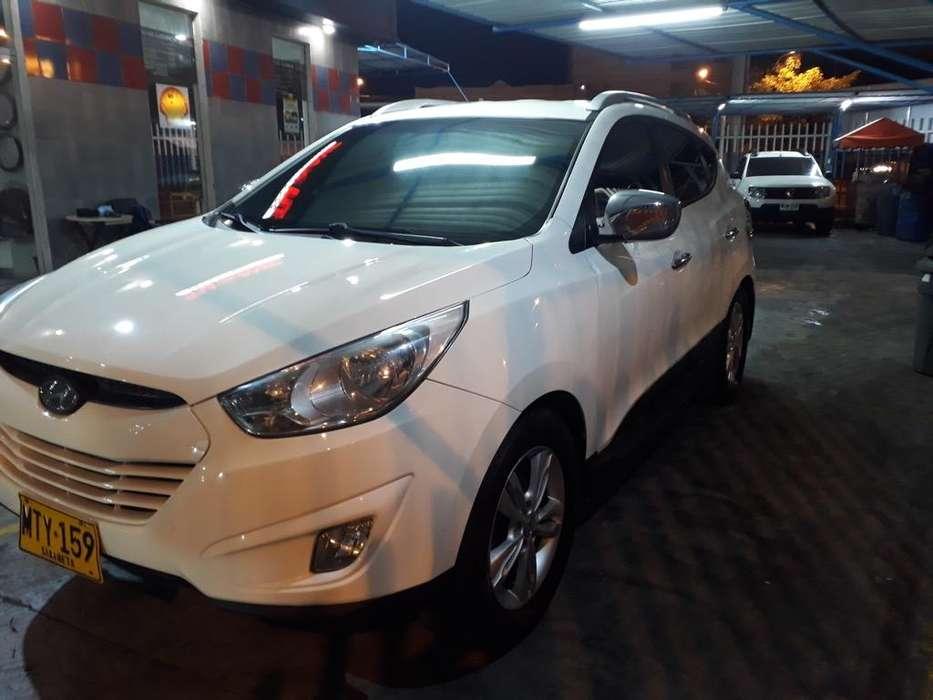 Hyundai Tucson ix-35 2013 - 100000 km