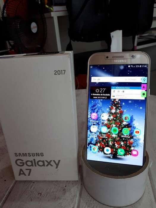 Samsung A7 Dorado