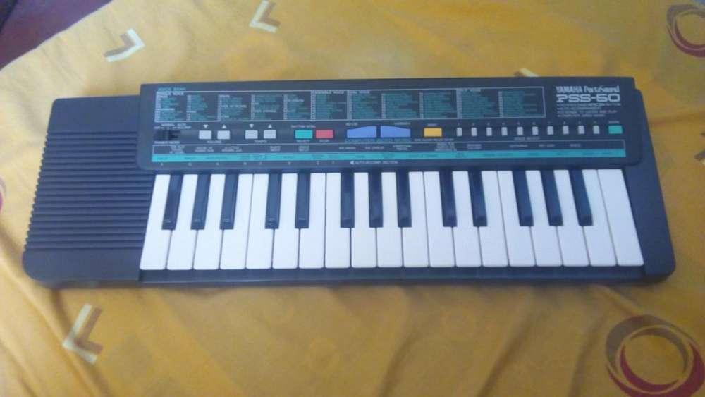 Teclado Musical Yamaha.