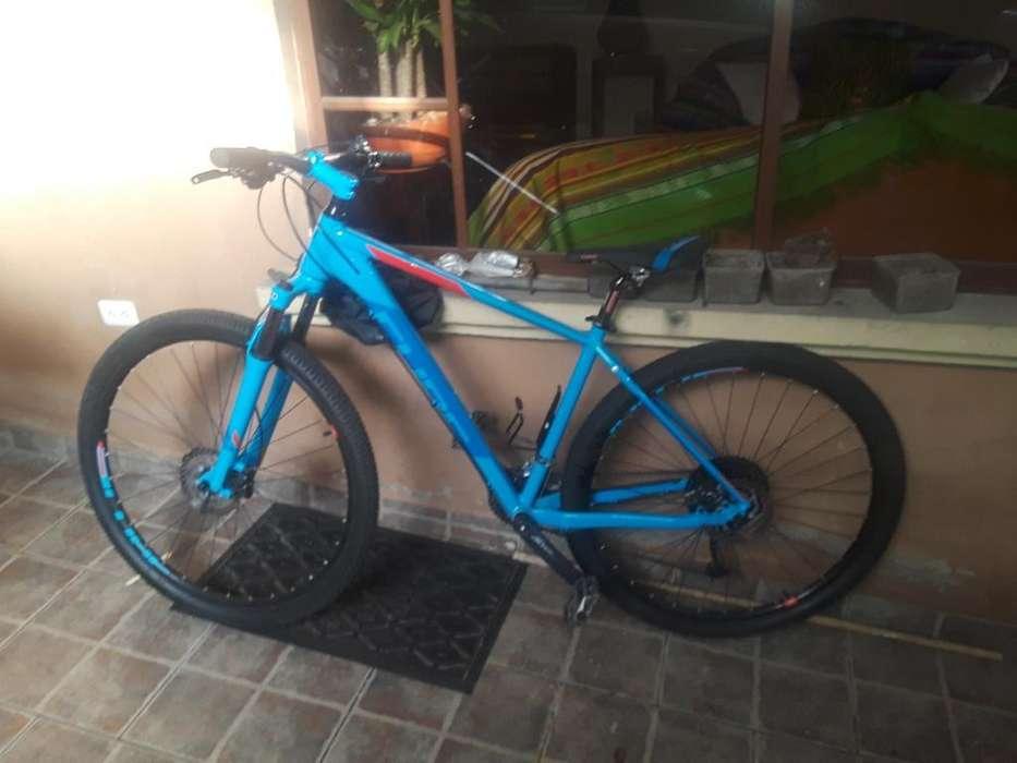 <strong>bicicleta</strong> Cube Sl