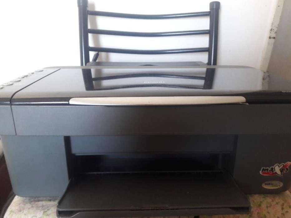 <strong>impresora</strong> Epson Cx3900