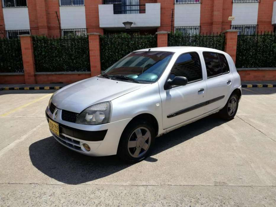 Renault Clio  2004 - 125000 km