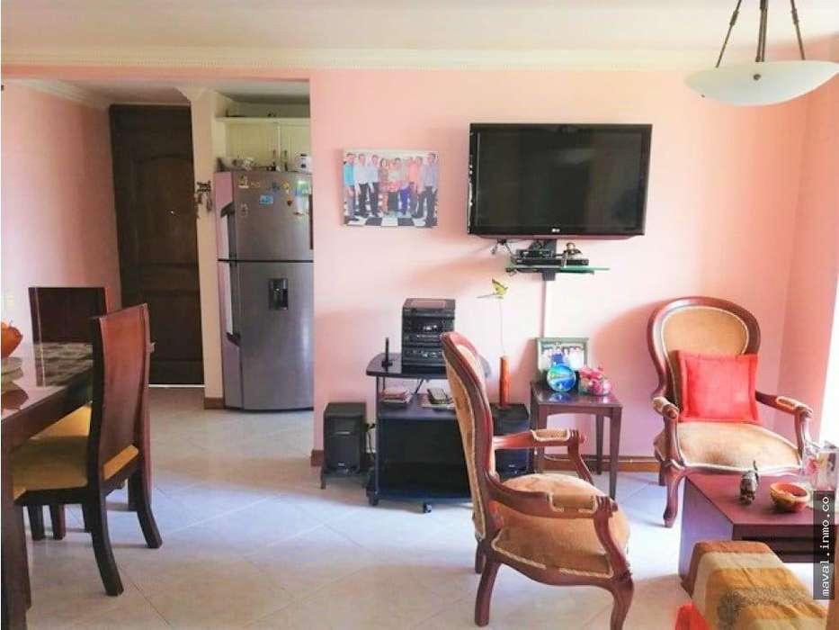 P.n vendo apartamento en los colores medellín