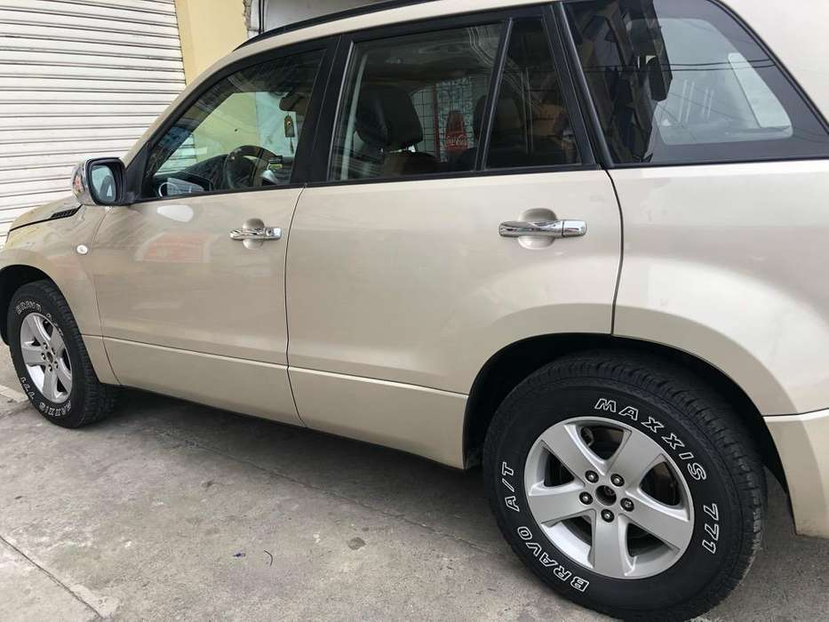 Chevrolet Grand Vitara SZ 2014 - 168000 km