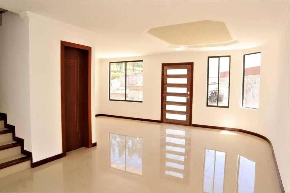 Venta Casas en Condominio Sector Av. del Tejar