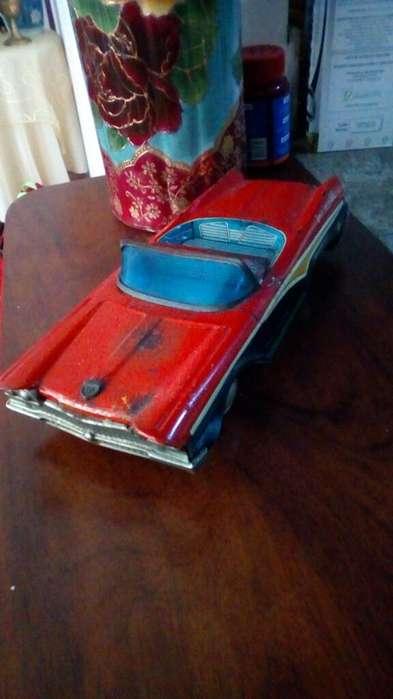 Carro de Juguete Antiguo Ford Hoja Lata