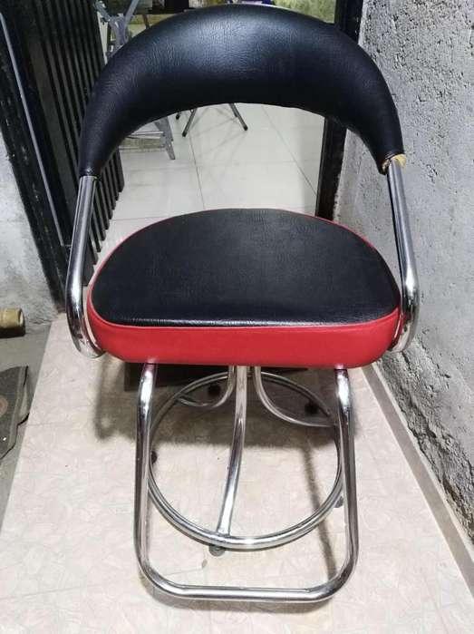 Lavacabezas y silla de corte