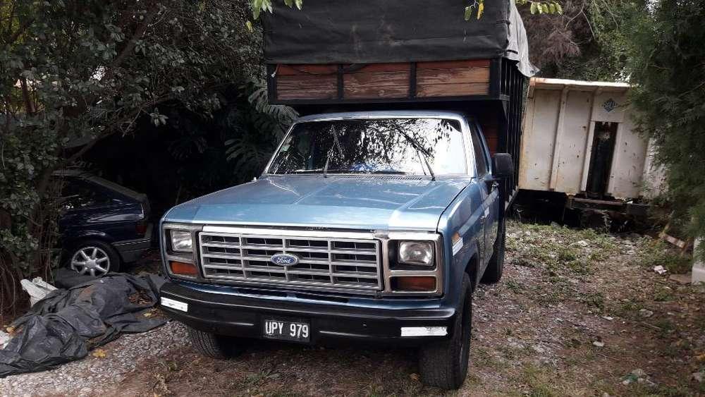 F100 82 con Gnc Muy Buena Motor 221