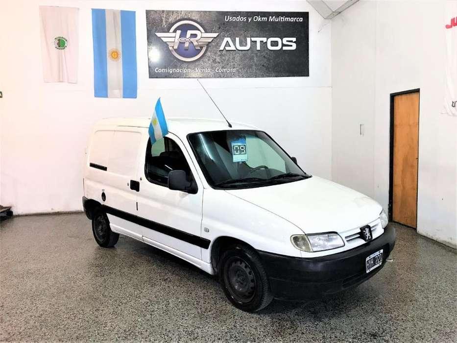 Peugeot Partner 2009 - 185000 km