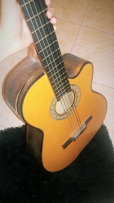 Vendo Guitarra Negociable