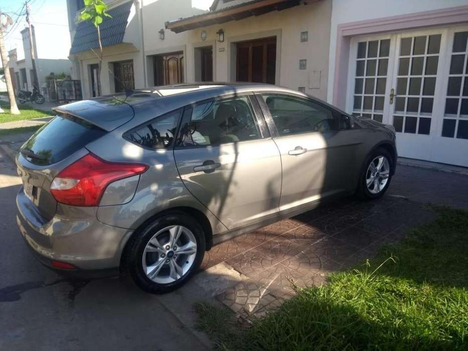 Ford Focus 2014 - 105000 km