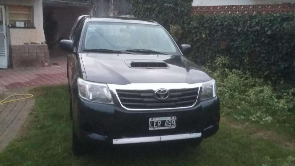 <strong>toyota</strong> Hilux 2012 - 115000 km
