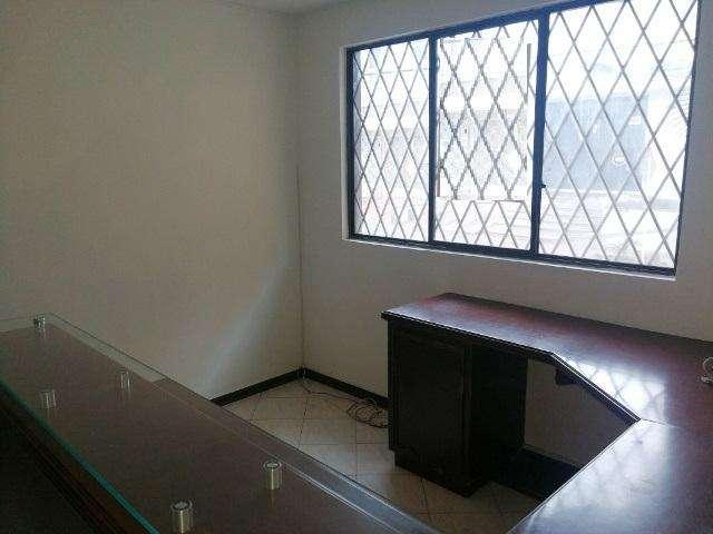 oficina para venta en Bucaramanga, Barrio Antonia Santos Alto. <strong>edificio</strong> Puerta Alcalá