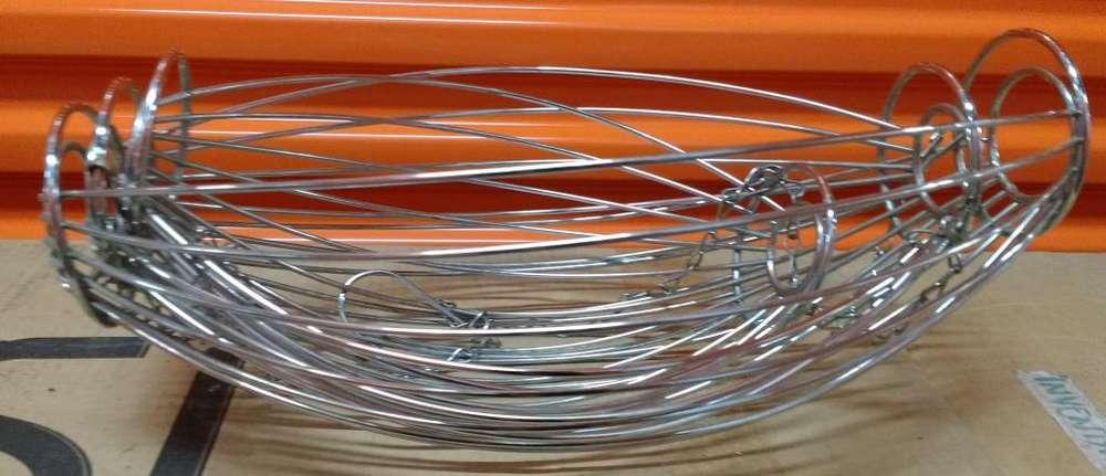 Lindo Frutero en metal importado colgante de canastas metálico para colgar de cadena