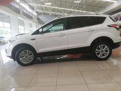 FORD ESCAPE 4x2 MOTOR TURBO 2.0 BONO DE HASTA 6 MILLONES