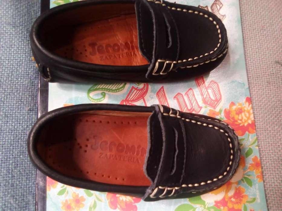 se vende zapatos niño bebe talla24
