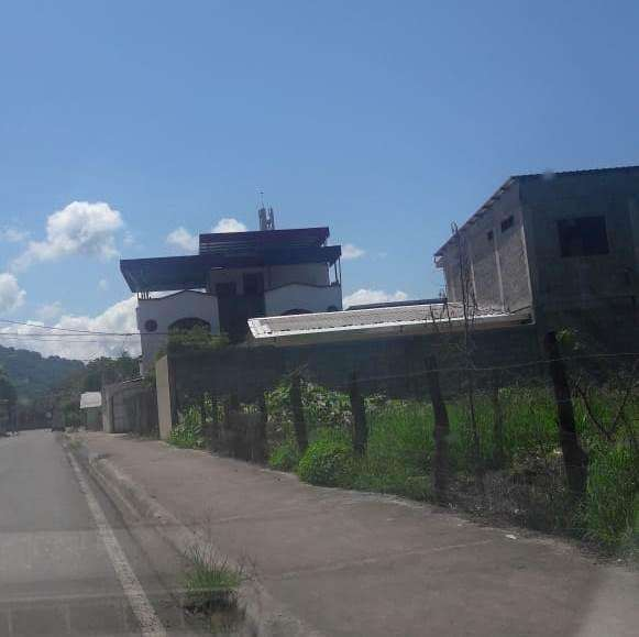 Venta de Terreno de 1645 m2 en el sector de la Avenida Reales Tamarindos