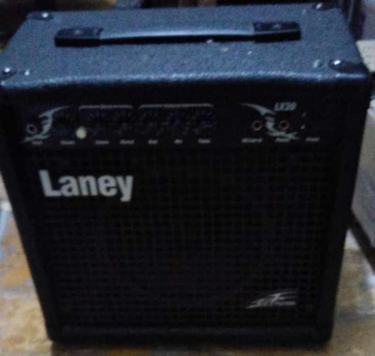 Amplificador 20 Esa, Mic, Guitarra Elect