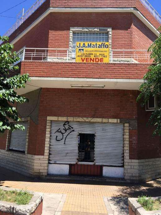 Casa para 2 Familias en alquiler en Wilde Oeste