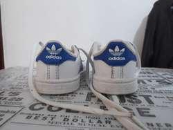 Tenis de Bebé Adidas Superstar Blancas