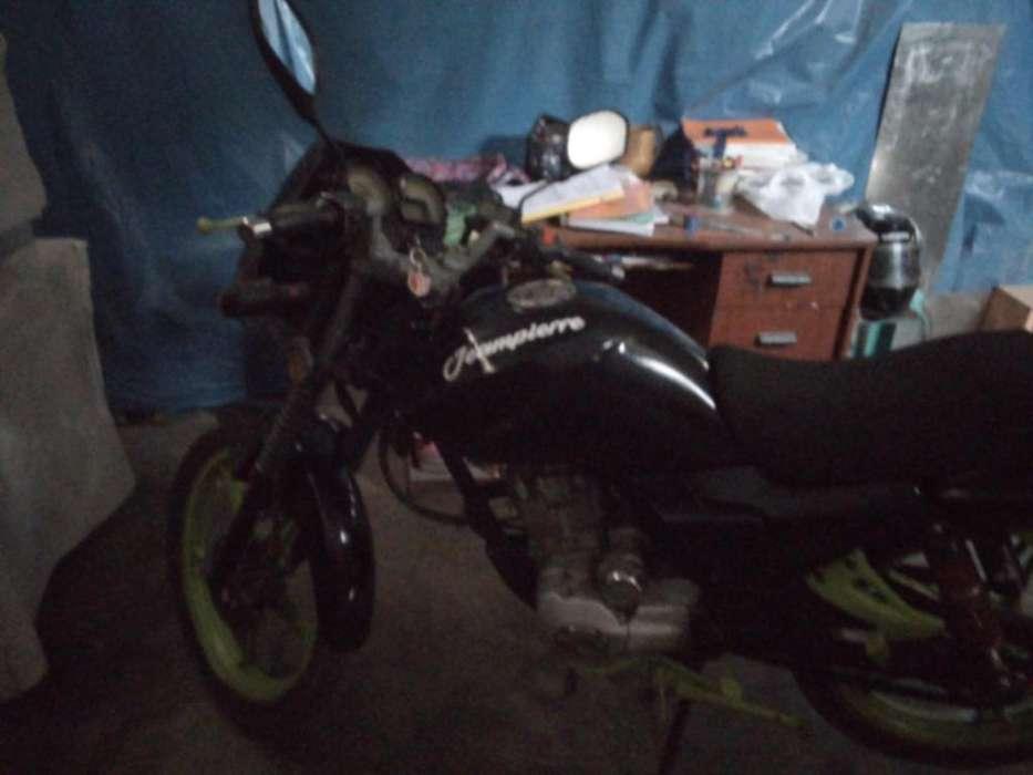 se vende moto ronco pantera 150