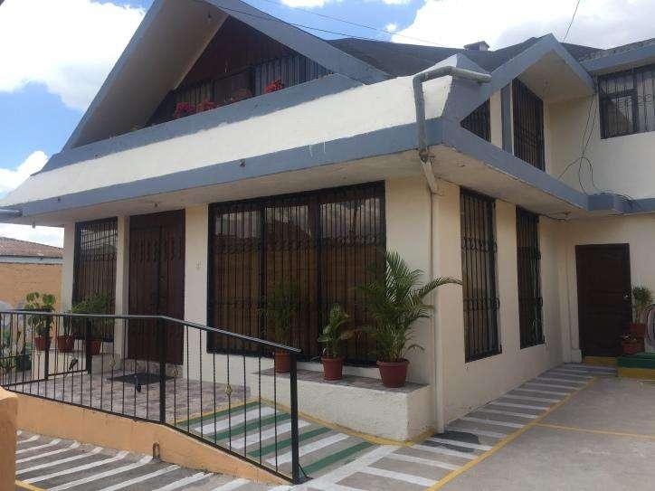 Casa con 7 habitaciones de venta sector el Inca AF1345