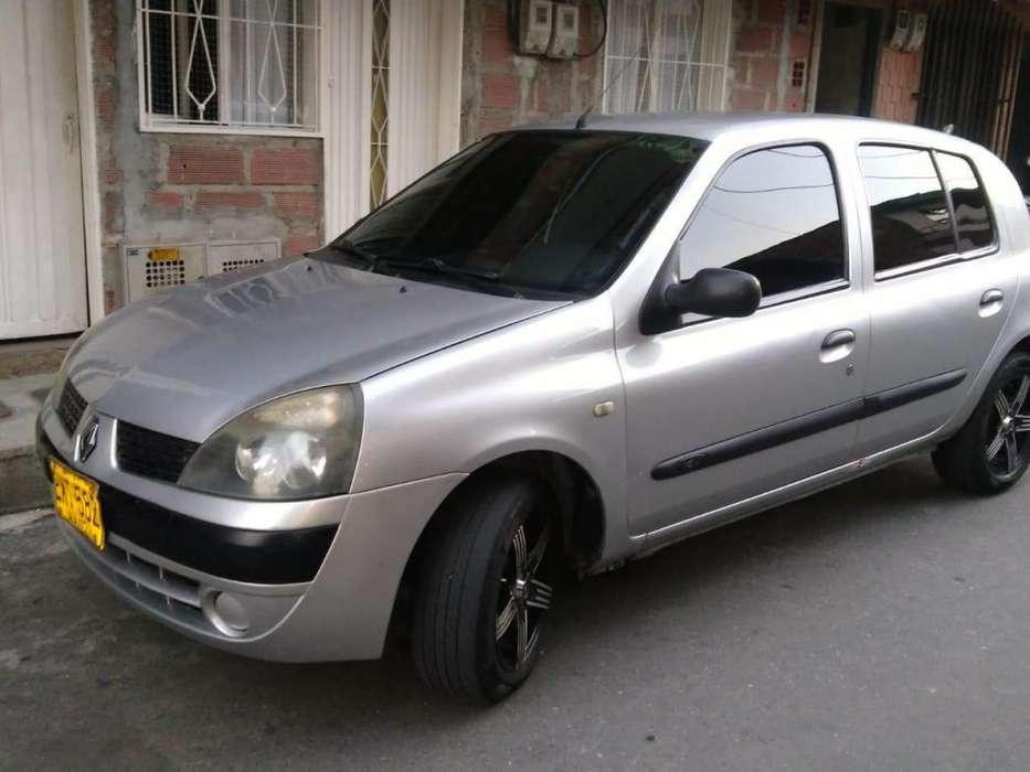 Renault Clio  2006 - 140000 km